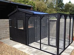 Aviaries & Bird Rooms